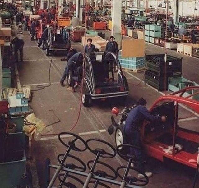 260 best images about citro n fabrieken dealers en for Garage citroen pantin atelier