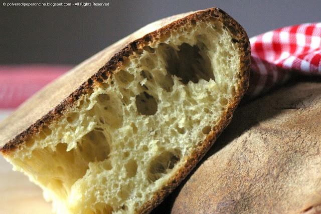 Sourdough durum wheat bread - Pane di semola di grano duro con lievito naturale