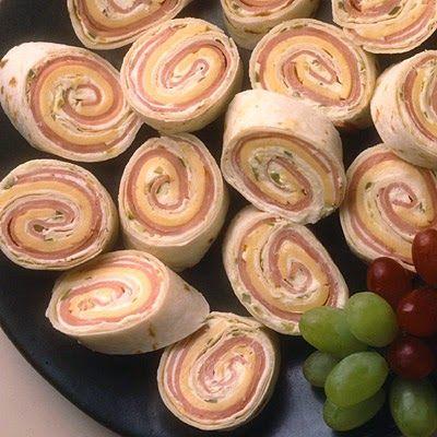 Συνταγές για μικρά και για.....μεγάλα παιδιά: Εύκολα Ρολάκια με ζαμπόν και τυρί για πάρτυ !