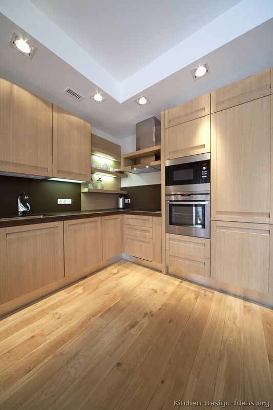 #Kitchen Idea Of The Day: Modern Light Wood Kitchens. Part 36