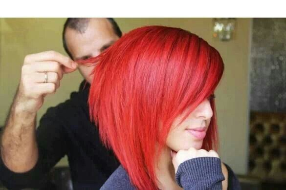 Bright red graduated bob: 90% sure this is gonna be me in 2 weeks!! Plus I get to donate my crazy long hair to locks of love! :)