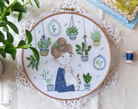 DIY kit, Embroidery hoop art, Embroidery Kit - Hair Bun Girl - Wall art, Modern hand embroidery, Craft kit, Hand embroidery, Broderie
