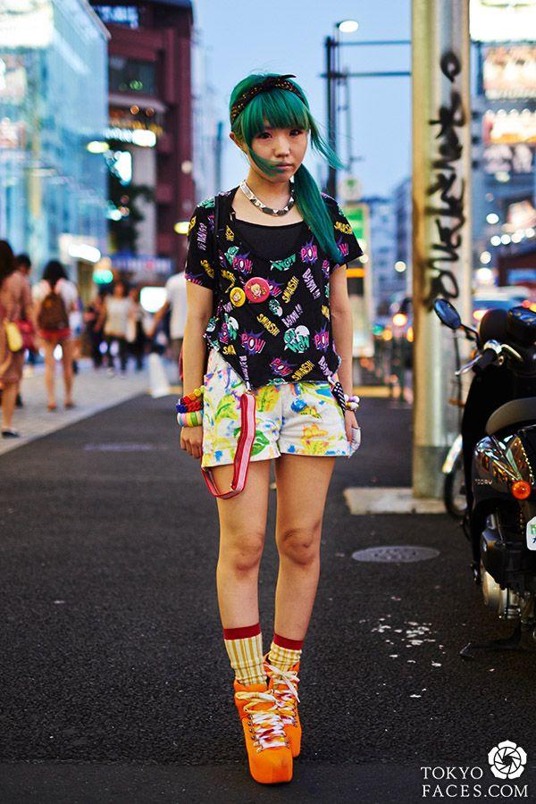 Tokyo street fashion harajuku girl