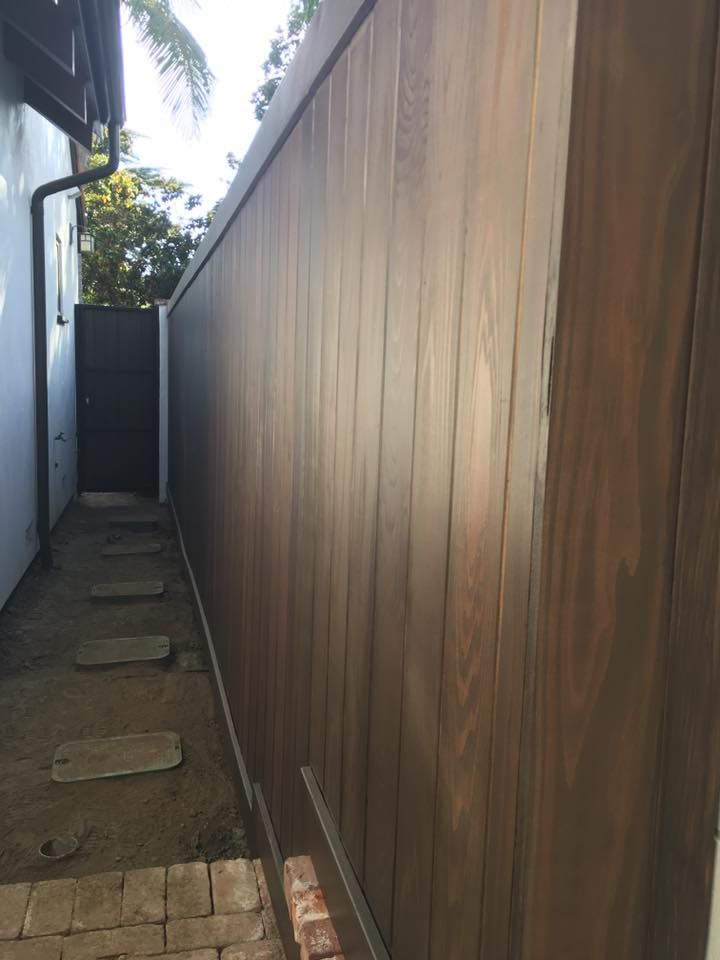 Vertical Tongue And Groove With Trim Los Angeles Santa Monica Brentwood Culver City Fences And Gates Backyard Fences Modern Fence Brick Fence