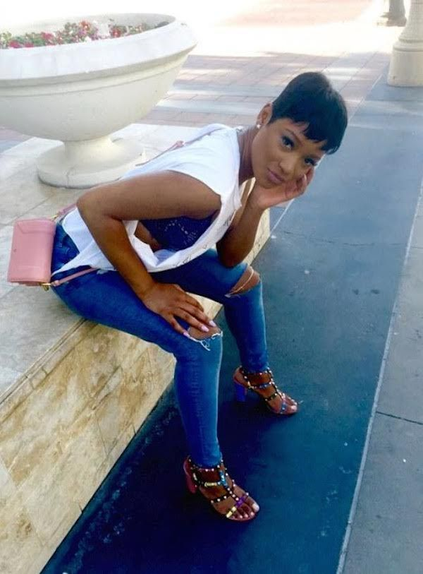 Keke Palmer is all kinds of cute in her multicolor Valentino Rockstud sandals.