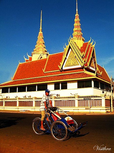 Phnom Pehn, Cambodia photography by Visithra - http://v-eyez.blogspot.com    V-Eyez Imagery on Facebook  http://www.facebook.com/veyezimagery
