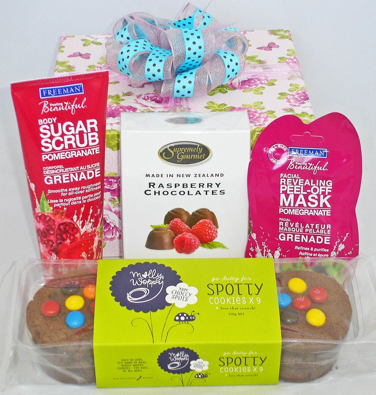 Need a #Mother's Day gift? Make someone smile with this gorgeous gift box containing chocolates with Raspberry centres, large chocolate cookies, Pomegranate scented body scrub, and Pomegranate revitalising peel-off face mask. NZ$55 order online at www.funkygiftboxes.co.nz #Mothers-day-gifts, #Auckland-gift-baskets