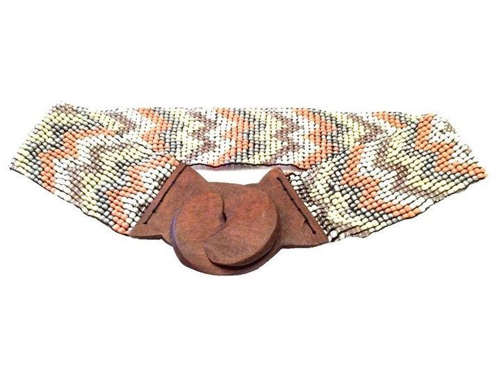 Ibiza riem Aztek zalm/creme - HANDGEMAAKT | Riemen | DamesTic Mooie handgemaakte ibiza riem (zalm/creme). Elk exemplaar is origineel met een mooie aztek print.   De riem is gemaakt van hout, kralen en elastiek. De maat is one size en dus geschikt voor iedereen!
