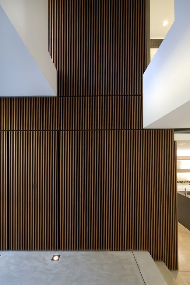 G House Entry - Bruce Stafford Architects