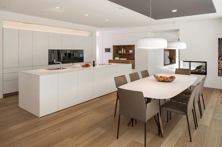 Oltre 25 fantastiche idee su tavolo per cucina ad isola su - Cucina bianca moderna con isola ...