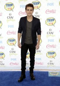 The Best Dressed Celebrities at the Teen Choice Awards 2014: Paul Wesley