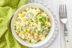 БЕШАМЕЛЬ: Салат с кукурузой и зеленым горошком