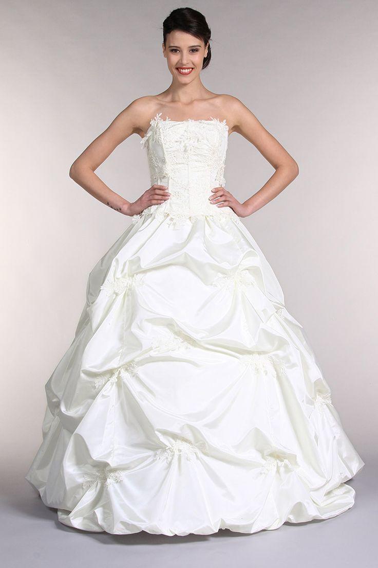 Idée robe de mariée avec Tati. Via eBuyClub, 3% de CashBack : http://www.ebuyclub.com/FenetrePartenaire2.jsp?part=2642&trckpro=Pinterest_partage
