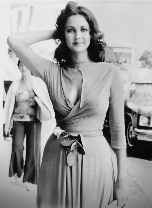 Lynda Carter - 1970s..this is an awesome wrap dress...!