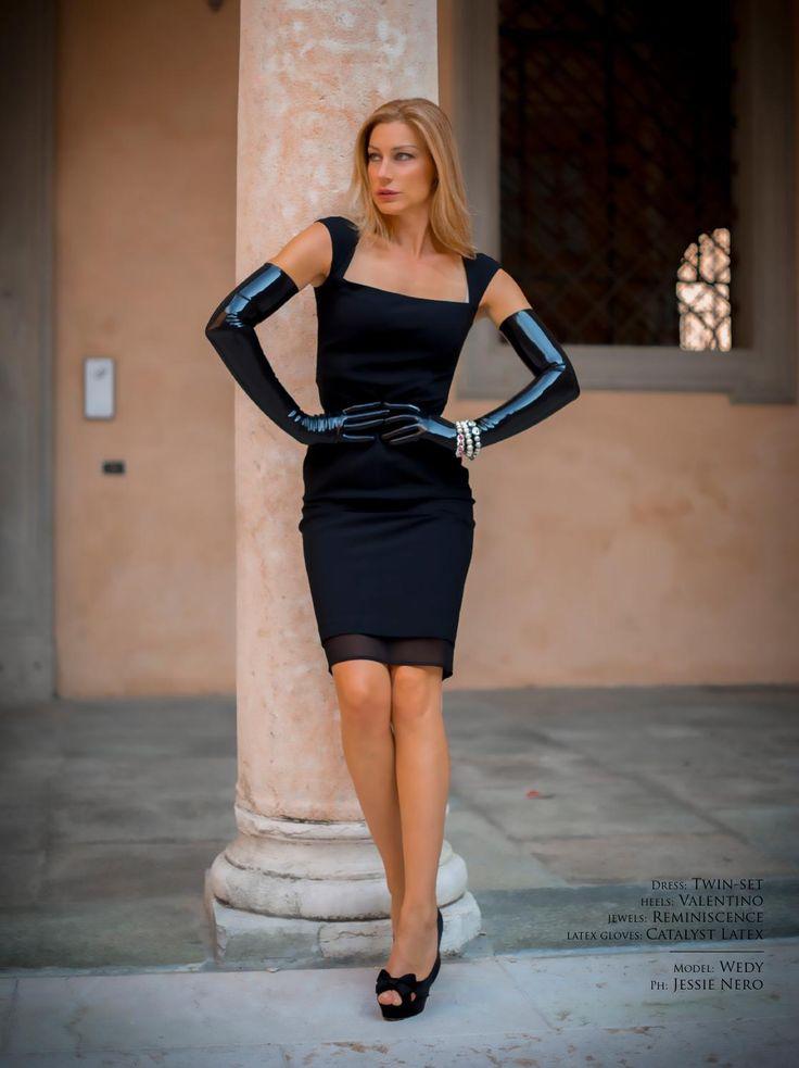 #ClippedOnIssuu from ShinyQueens - Latex Fashion