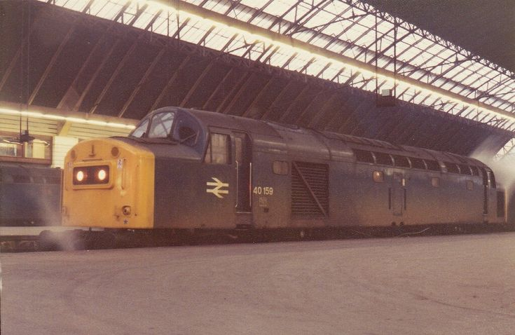 40 159 Possible Lime Street after working in from Newcastle