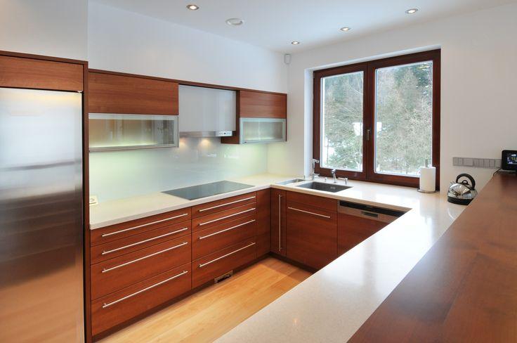 fotogalerie kuchyně - lamino třešeň