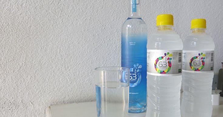 Empresa transforma água do mar em potável e produz 16 mil litros por dia