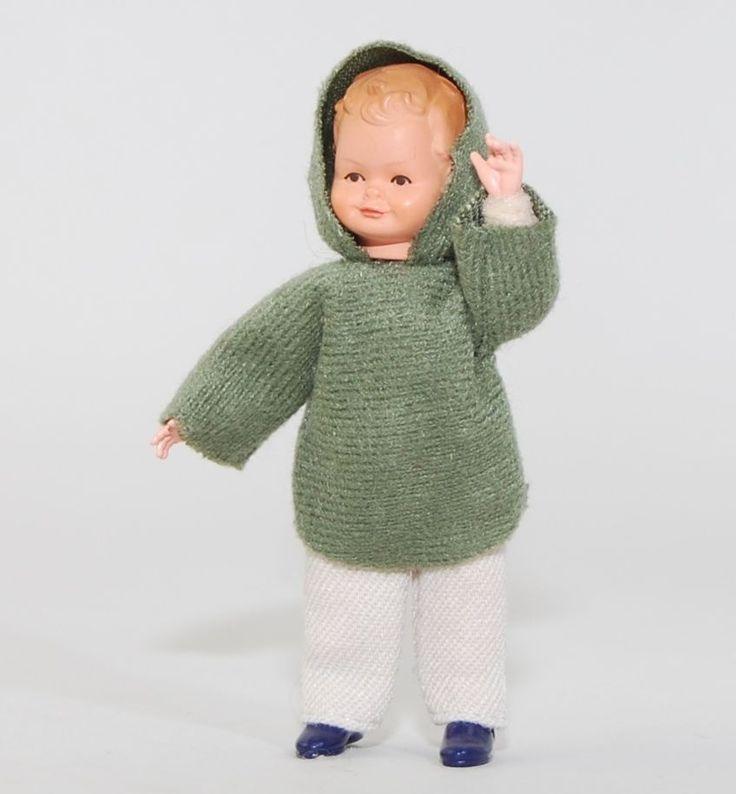 Caco 20179400 Puppe Junge 7 cm Kapuzenpulli Biegepuppe 1:12 Puppenhaus NEU! # in Spielzeug, Puppenstuben & -häuser, Puppen | eBay