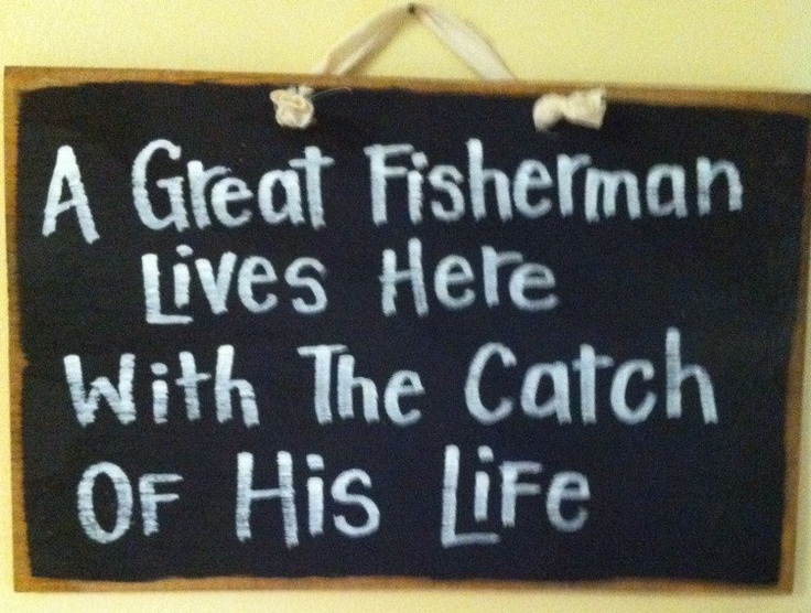 A great FISHERMAN lives here with the catch of by trimblecraftsFishermans Funny Gift, Father'S Day Gifts, Funny Signs, Wood Signs, Fishermans Living, Fathers Day Gift, Front Doors, So True, True Stories