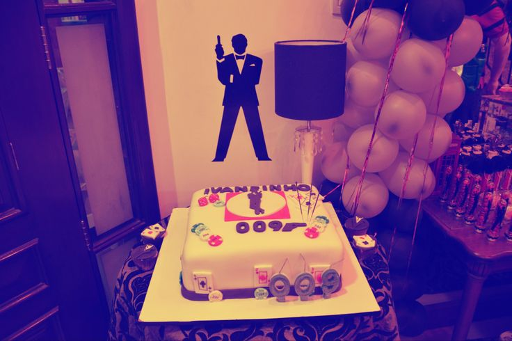 Cake 007 themed party - 27/07/2013