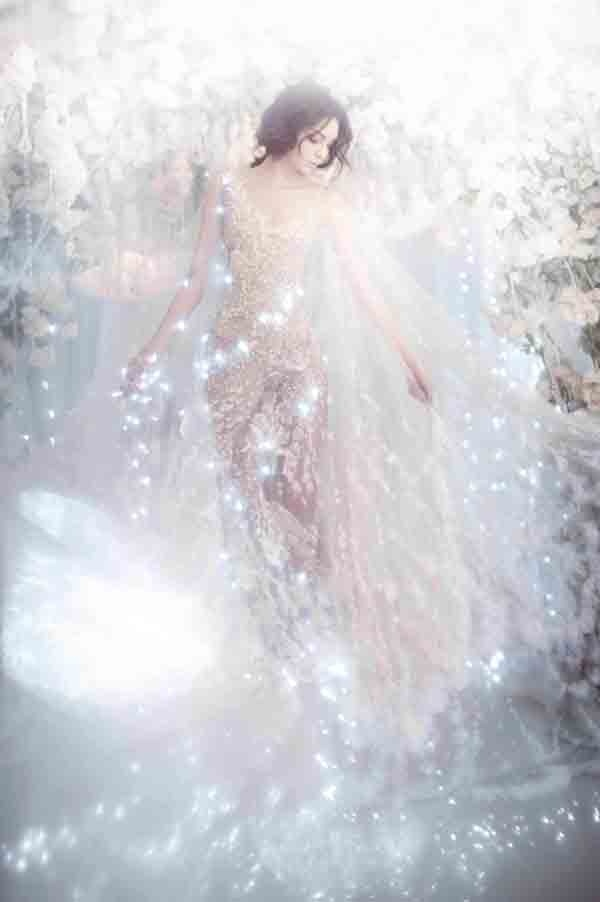walkingthruafog:  Fairy