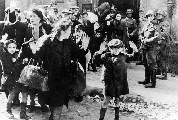 Холокост во Франции в изложении Давида Фонкиноса: Книги: Культура: Lenta.ru