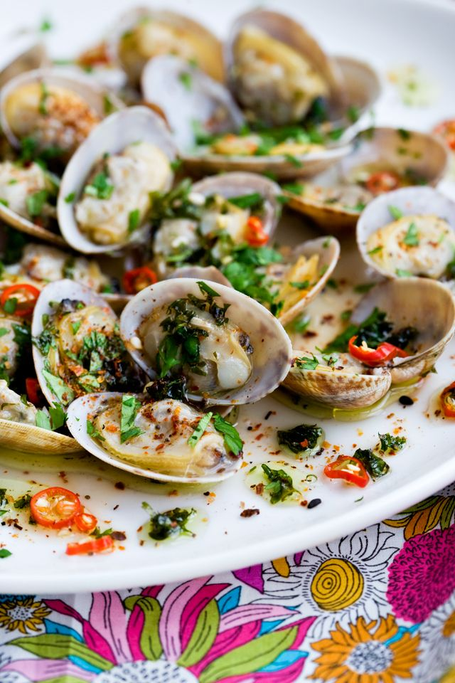 Clams in Chili-Cilantro Oil