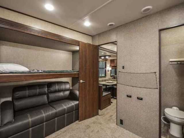 2016 New Heartland Gateway 3650 BH Fifth Wheel in Texas TX.Recreational Vehicle, rv, Ron Hoover RV & Marine serving Texas for over 28 years. We offer the best RV's to be sure you get the quality, service, and price you deserve. Travel trailers, fifth wheels, or toy haulers from Forest River, Palomino, Keystone, Heartland, Lifestyle, and Crossroads. Motor homes by Coachmen, Forest River, Pleasure-Way, & Winnebago. See over 700 RV's at the largest boat and RV dealer in Texas.