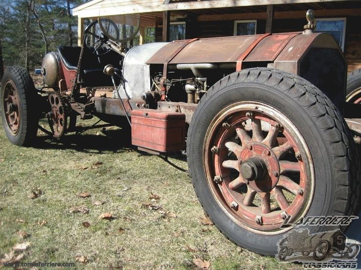 1915 American Lafrance Speedster.