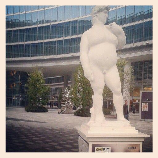 #donatello a milano si trova bene e mangia troppo...Get fat