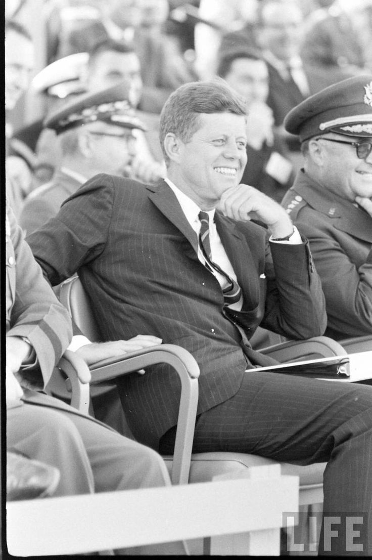 an analysis of john f kennedys presidency and assassination Kennedy assassination conspiracy theories, panel discussion panelists discussed the findings in the us government's official investigations of the assassination of president john f kennedy .