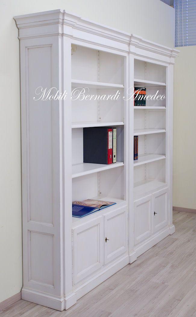White bookcase, solid wood, classic style, hand made in Italy - Libreria in legno masselo finitura bianco anticato, produzione artigianale.