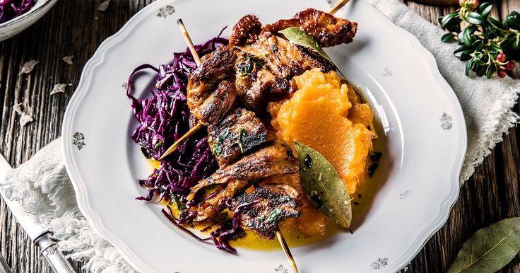 Dette er den perfekte middagen for deg som liker tilbehøret til pinnekjøtt, men ønsker en kjøttfri middag. Denne retten er et godt vegetaralternativ til pinnekjøtt.