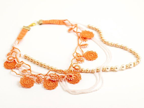 Brides Chunky Necklace Layered Chic Pearls Peach by PinaraDesign