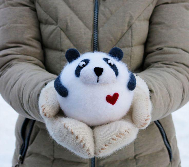 Купить Панда Валентин (авторская войлочная игрушка) - 8 марта, подарок на 8 марта, панда