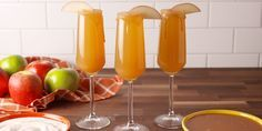 Caramel Apple Mimosas Are The New Apple Cider Mimosas Cheers to fall!
