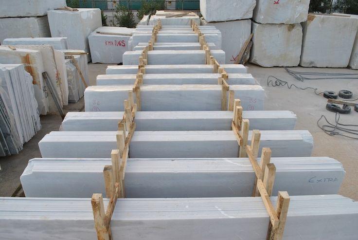 White Marble Of Panagias (Kavala Marble) by Mertika Marble LTD #SemiWhite #Marble #carrara load container, slabs pack, slabs pallet