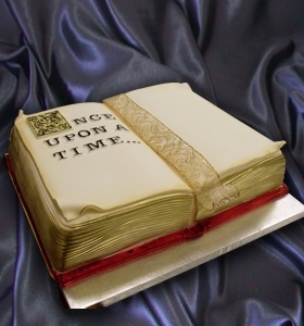 86 best images about Book cakes on Pinterest