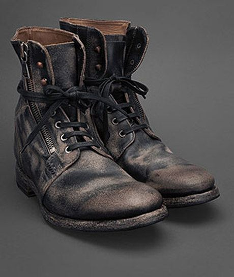 Edgy men's boots