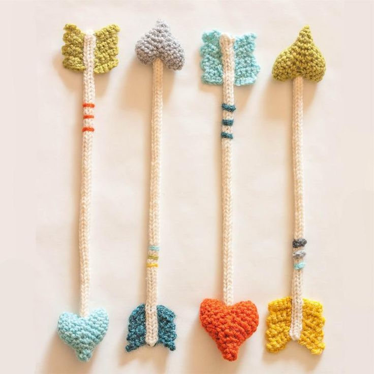 Crocheting: Heart Arrows
