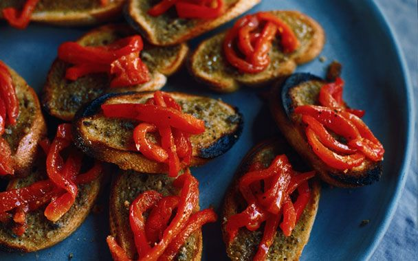 Anchovy Fennel Toasts with Roasted Red Peppers: Food Paradis, Fennel Toast, Finest Fooddrink, Delicious Fooddrink, Glorious Fooddrink, Heavens Seafood, Anchovi Fennel, Master Fooddrink, Roasted Red Peppers