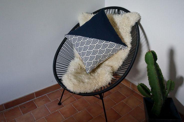 Polhoo ! Coussin bleu vague design