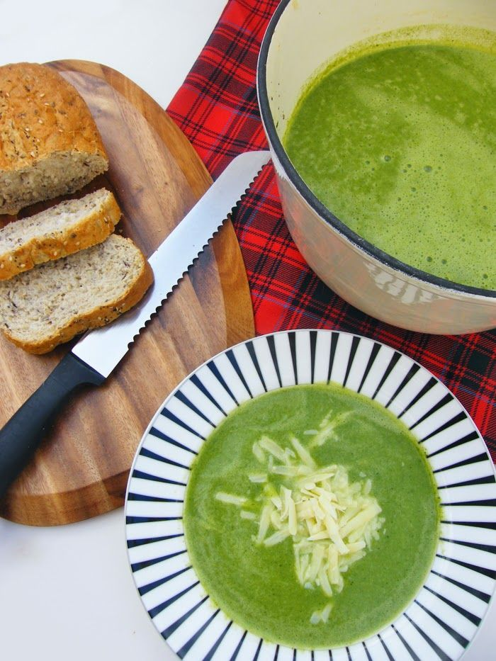 Cheesey Broccoli and Spinach Soup. A green delight of a soup topped with grated cheddar. #soup #veggie