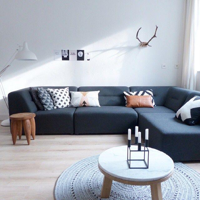 25 beste idee n over zwarte bank op pinterest zwart for Cognac kleur combineren interieur