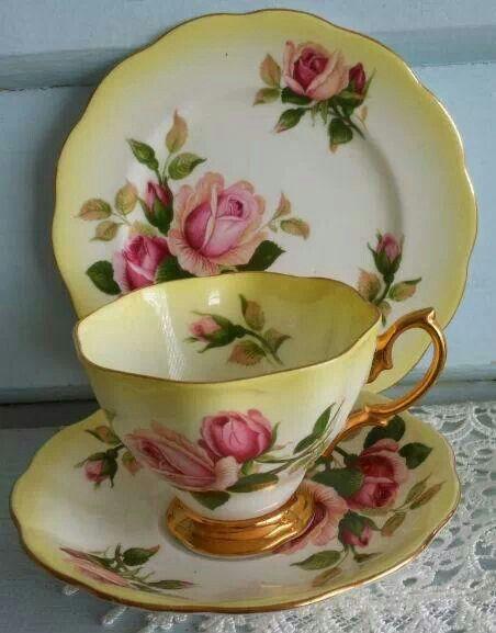 royal albert tea cup tasses pinterest yellow. Black Bedroom Furniture Sets. Home Design Ideas