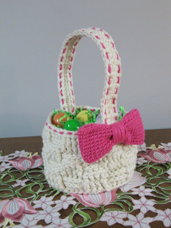 Faux Woven Basket CROCHET PATTERN instant download - easter basket container. $3.00 for pattern 5/14.