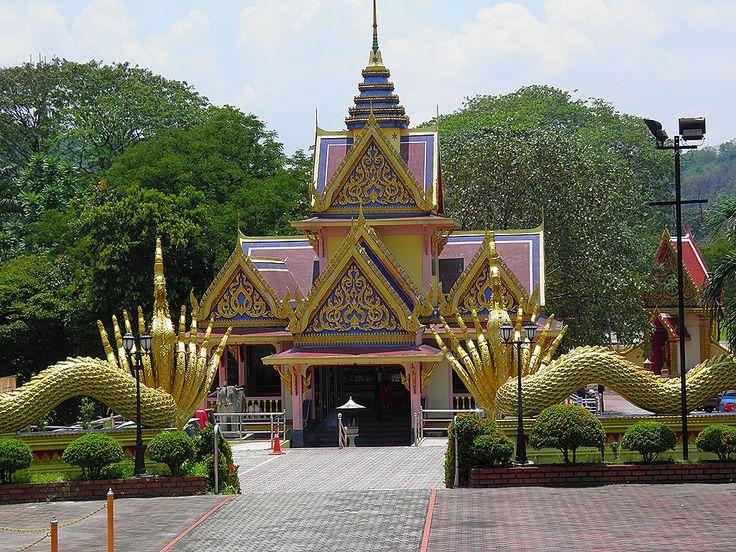 Thai Buddhist Chetawan Temple
