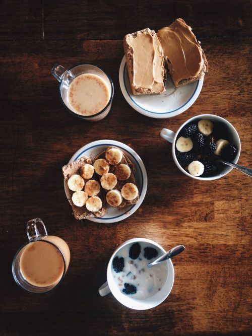 the-foxes-burrow:Lovely breakfast with oregon-dreaming the other...