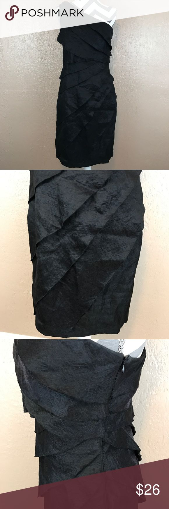 London Times Black One Shoulder Dress Beautiful dress in excellent condition. Rayon Blend. Side zip. Lined. Women's 14. Smoke free home. Ships next day! ❤️ accepting offers and bundle discounts ❤️ London Times Dresses One Shoulder